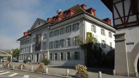 Luzerner Kantonsgericht zieht in die Museumsgebäude an der Reuss