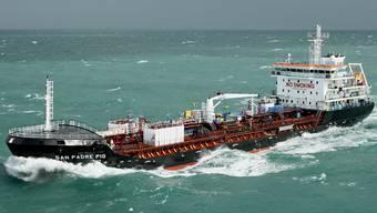 Kostet den Bund Geld und Mühe: Der Schweizer Tanker San Padre Pio, der immer noch in Nigeria festsitzt.