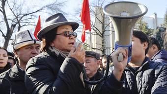 Die Verhaftung Tekebajews hat in Bischkek viele Anhänger der Opposition auf die Strasse gebracht
