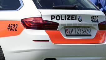 Drei junge Männer nach Sachbeschädigung in Hinwil ZH verhaftet. (Archiv)