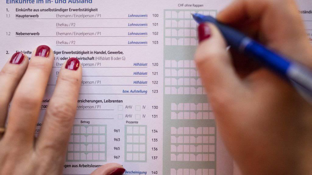In Zukunft soll eine Steuererklärung nicht mehr eigenhändig unterschrieben werden müssen. (Symbolbild)
