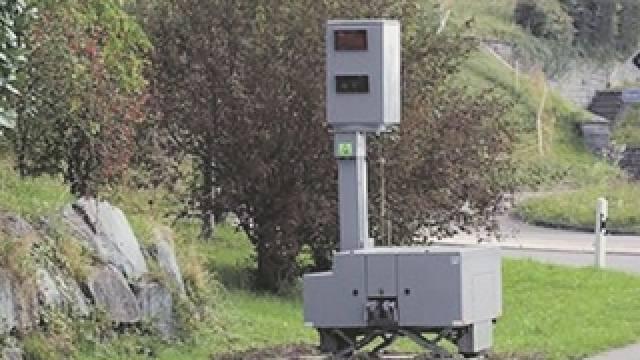 Fixe Blitzkästen kommen aus der Mode – Polizei-Korps setzen vermehrt auf mobile Anlagen. Foto: ho