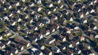 Der Traum vom Eigenheim wurde hier schon realisiert. Im Bild eine Einfamilienhaussiedlung in Buchs, St. Gallen (Symbolbild)