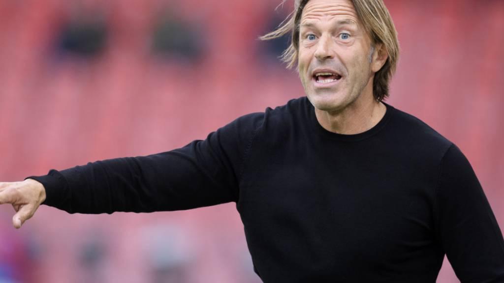 Sions Trainer Paolo Tramezzani darf immer guter Dinge sein, wenn einer seiner Spieler vom Platz gestellt wird. Es ist paradox, aber die Statistik will es wahrhaben