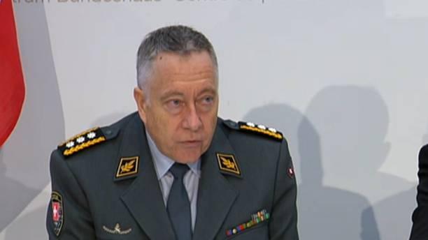 Armeechef Blattmann informiert.
