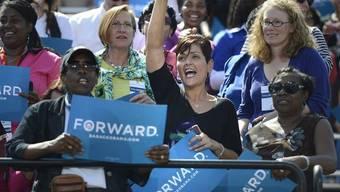 Anhänger des US-Präsidenten Barack Obama bei einer Wahlveranstaltung in Virginia (Archiv)