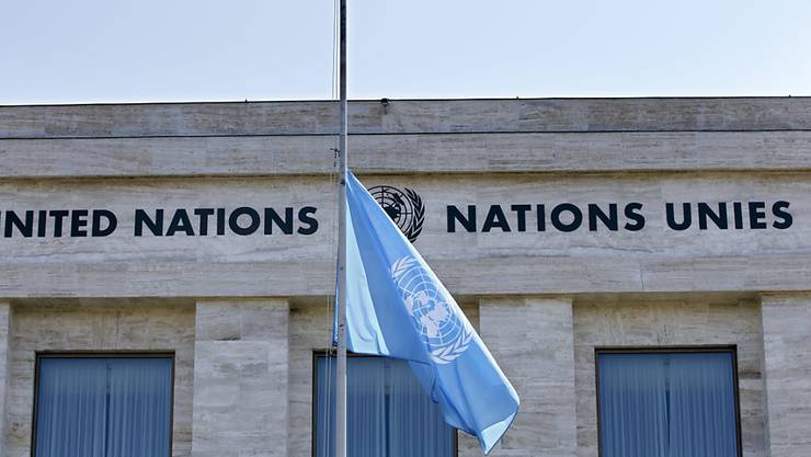 Trauer um tote Uno-Mitarbeiter nach dem Flugzeugabsturz in Äthiopien: Am Montag werden die Flaggen der Vereinten Nationen auf halbmast gesetzt.