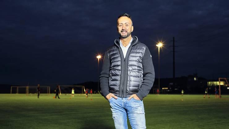 Stefano Mungo auf dem Spielfeld des Kölliker Sportplatzes Walke.