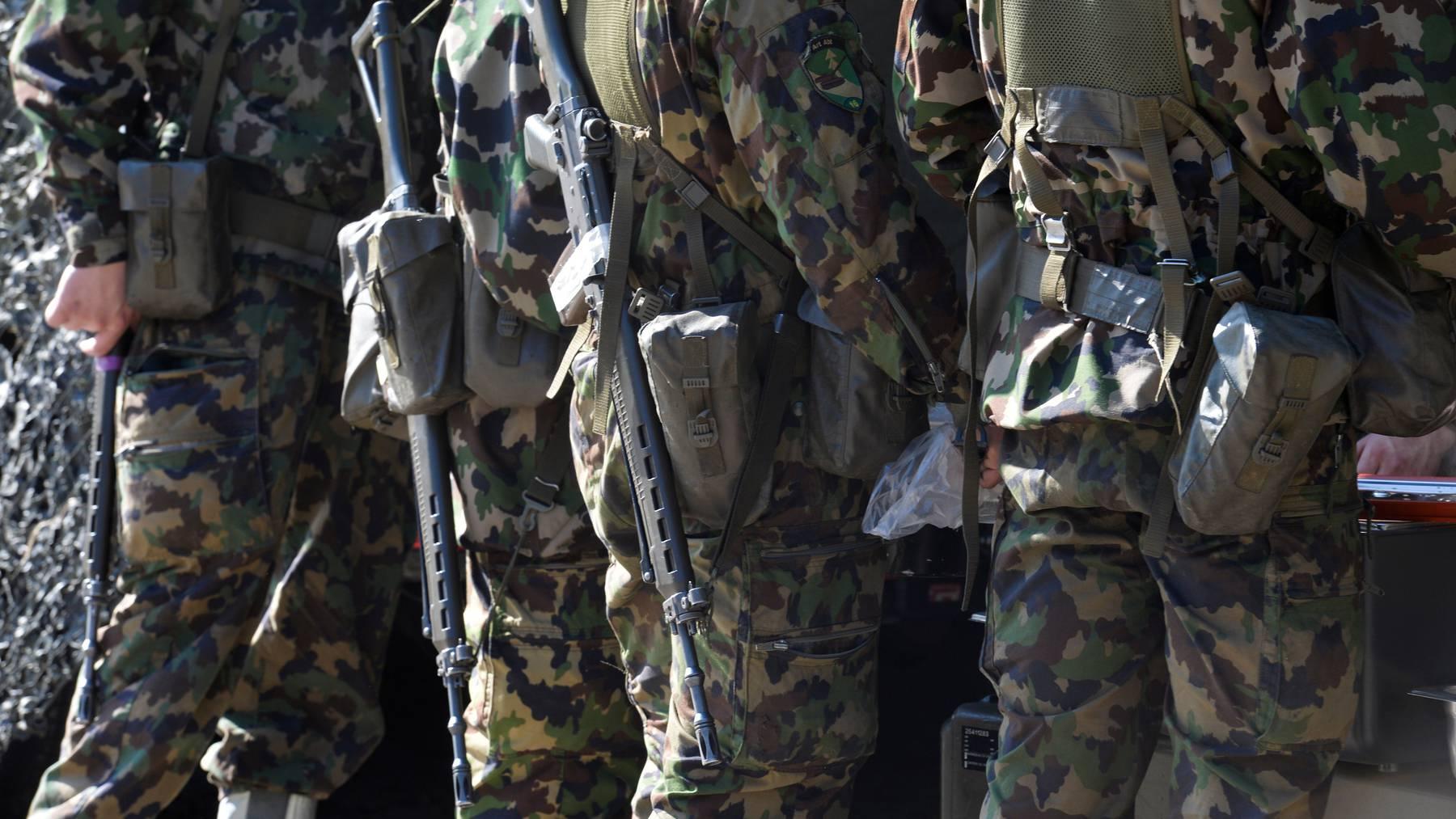 Bis Ende Jahr streicht das Militär alle WKs, die nicht zur Unterstützung von zivilen Behörden oder zur Basisleistung der Armee notwendig.