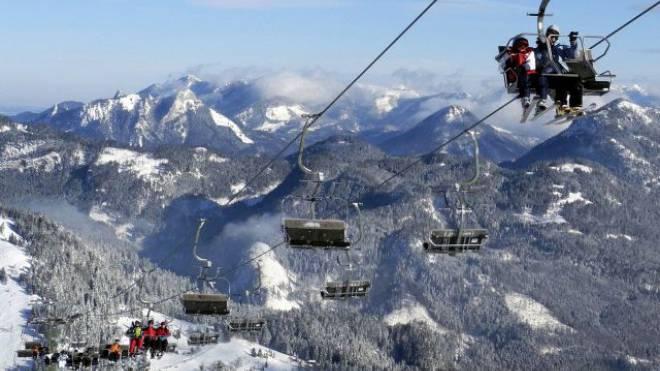 Nun auch Ziel von zahlreichen Schweizer Wintersportlern: Skigebiet Sudelfeld im deutschen Bayrischzell. Foto: Uwe Lein/Key