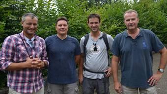 Paolo Placa, Markus Loosli, Nik Meuter und Dietrich Berg (von links:).Markus Looslis Mirgros Aare ist der Hauptsponsor der az Leserwanderungen.