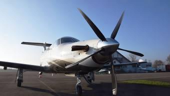 2015 landete diese PC12 einer deutschen Firma im Birrfeld – bei Nebel mussten die Piloten ausweichen.