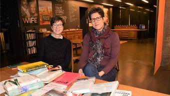 Traudi Reimann (links) und Gabi Umbricht engagieren sich mit Herzblut in der Literatur-Gruppe im «Odeon».