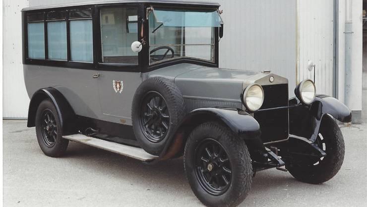 Dieser Fiat Modell 501 war der erste Krankenwagen der Stadt Grenchen. Er wurde zum Andenken an ihren verstorbenen Ehemann Beat Fäh von dessen Witwe der Gemeinde geschenkt. Archiv