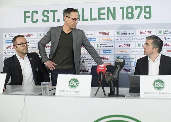 Matthias Hüppi (mitte) will als Team agieren und keinen Sololauf hinlegen.