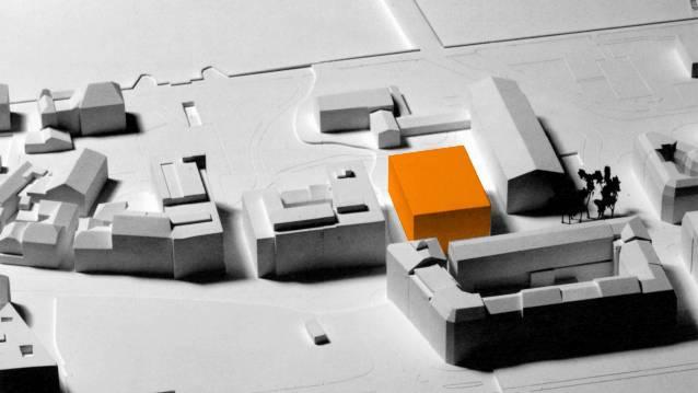 Der geplante Neubau der Kaufmännischen Berufsfachschule (orange), rechts davon die Gewerblich-Industrielle Berufsfachschule. zvg Der geplante Neubau der Kaufmännischen Berufsfachschule (orange), rechts davon die Gewerblich-Industrielle Berufsfachschule. zvg
