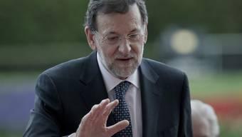 Kann mit den Resultaten der Regionalwahlen in seiner Heimatregion Galicien zufrieden sein: Spaniens Regierungschef Mariano Rajoy (Archiv)
