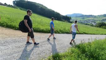 Der Wanderfachstelle des Kantons behagt die frisch asphaltierte Kirchgasse in Ormalingen nicht: Wanderwege sollten naturbelassen sein.
