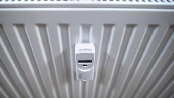Heizungen in Privathaushalten sollen in der Stadt Zürich durch erneuerbare Energien gespeist werden. Darum zahlt die Stadt nun Pauschalbeträge für die Ablösung fossil betriebener Heizungen durch Wärmepumpen. (Symbolbild)
