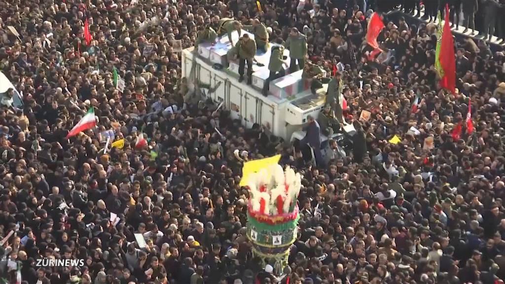 Riesige Trauerfeier für iranischen General Soleimani