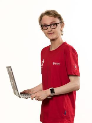 Web-Technologe, CFPT Informatik-Schule. «Ich hoffe, viel über meine Arbeit zu lernen, meine Grenzen auszutesten und das Beste aus mir herauszuholen.»