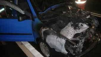 Am Auto entstand grosser Schaden (Bild: Kapo Uri)