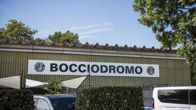 Durch die Brandstiftung in Gastraum und Lager hätte die Grenchner Bocciahalle selber auch in Flammen aufgehen können. (Bild: Michel Lüthi)