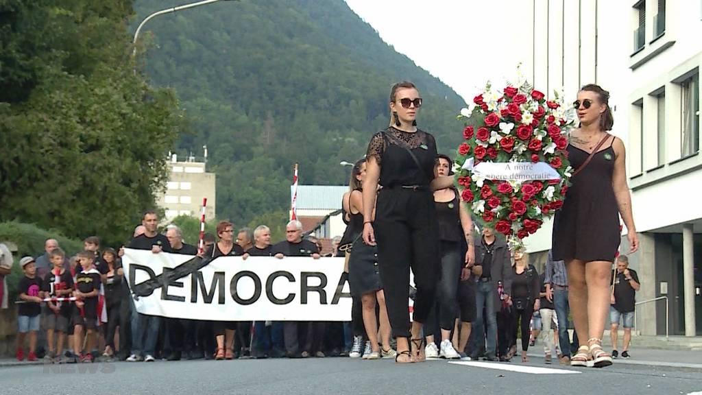 Tausende demonstrieren gegen Moutier-Entscheid