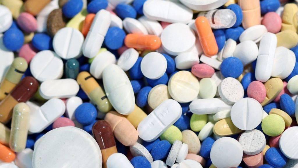 Die Schere zwischen den Medikamenten-Preisen in der Schweiz und im Ausland geht immer weiter auseinander. (Symbolbild)