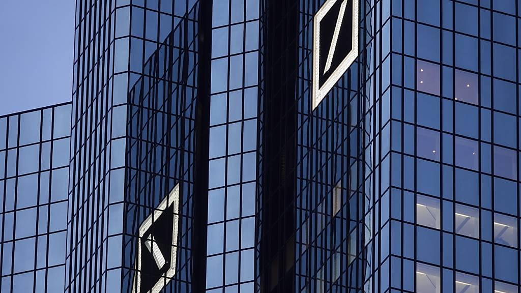 Deutsche Bank stimmt millionenschwerem Vergleich mit US-Behörden zu