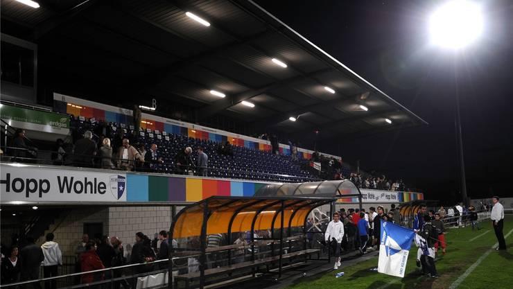 Die heutige Flutlichtanlage im Wohler Stadion Niedermatten.