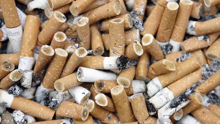 Rauchpausen – für viele ein tägliches Ritual. (Archivbild)