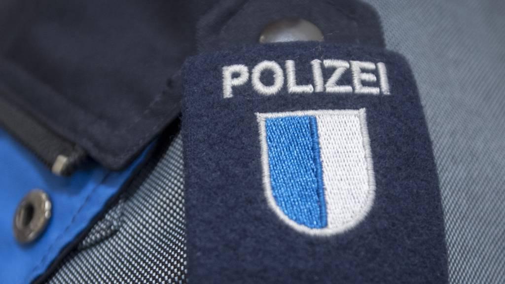 Die Luzerner Polizei hat in den letzten Tagen eine Vielzahl Betrugsversuche von falschen Polizisten und Spitexangestellten festgestellt. (Symbolbild)