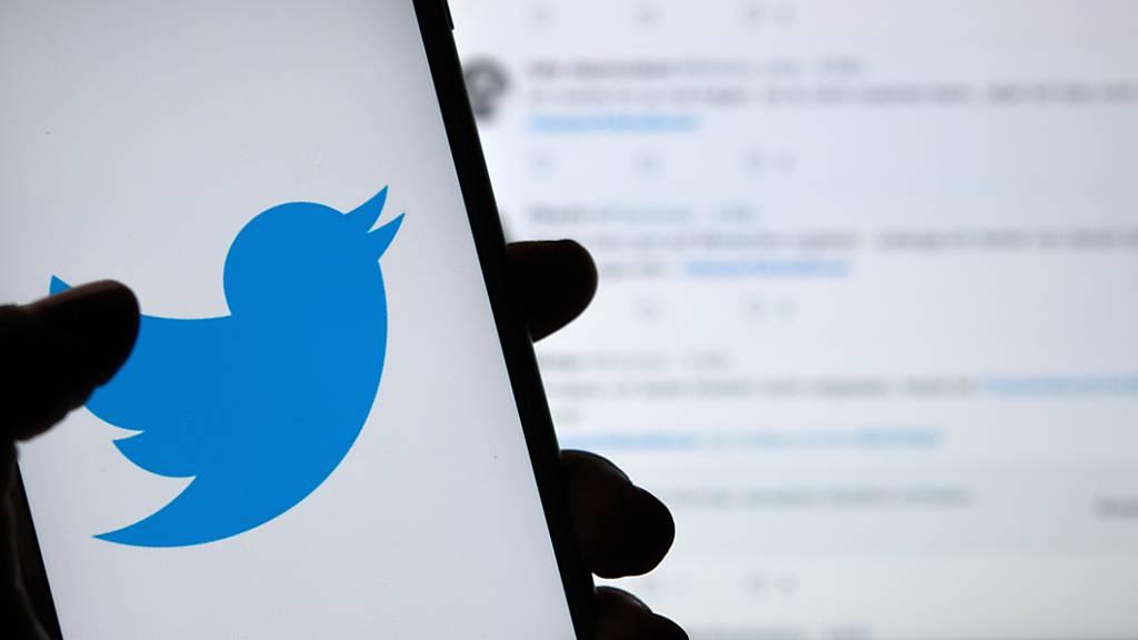 Twitter verpasst Trump-Tweet erneut Warnhinweis