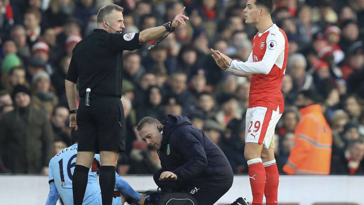 Arsenals Granit Xhaka sah am Sonntag die Rote Karte im Spiel gegen Burnley