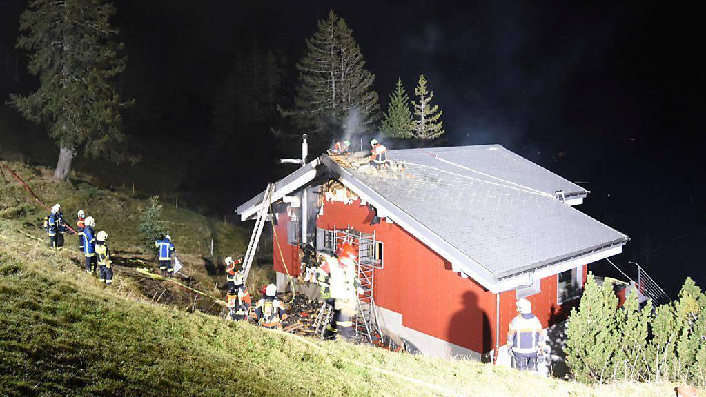 Auf der Rigi Scheidegg ist am Samstagabend in einem Einfamilienhaus ein Feuer ausgebrochen.
