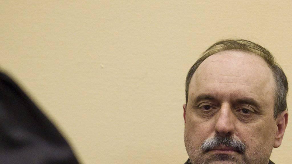 57-jährig gestorben: Der ehemalige kroatische Serbenführer Goran Hadzic, hier vor dem Internationalen Strafgerichtshof in Den Haag. Der Prozess wegen Kriegsverbrechen wurde wegen Hadzics Gesundheit unterbrochen. (Archivbild)
