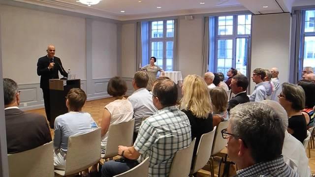 Bundesrat Alain Berset spricht in Solothurn zur Altersreform – und wie lautet das Fazit der Teilnehmer?