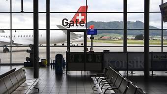 Die Leere nach dem SkyWork-Grounding hat Auswirkungen auf den Personalbestand des Flughafens Bern.