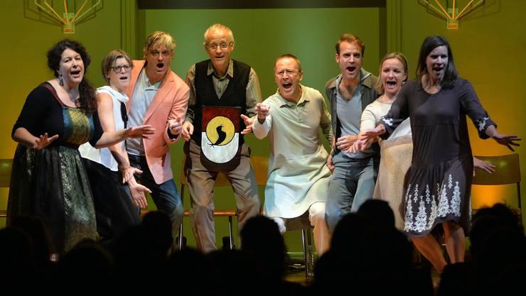 Im Konzertsaal traten noch acht Nightingales mit dem scheidenden Gründungsmitglied Daniel Reinhart auf.