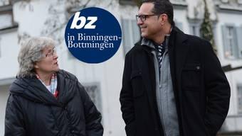 Anne Merkofer-Häni und Mike Keller vor dem Bottminger Schloss.