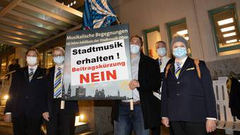 Die Oltner Stadtmusik lobbyiert erfolgreich vor der Sitzung des Gemeindeparlaments und erhält auch nächstes Jahr den Betrag von 19'000 Franken.