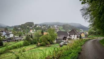 Idylle in Fisibach – doch ob das Dorf eine Fusion anstreben soll, ist umstritten.