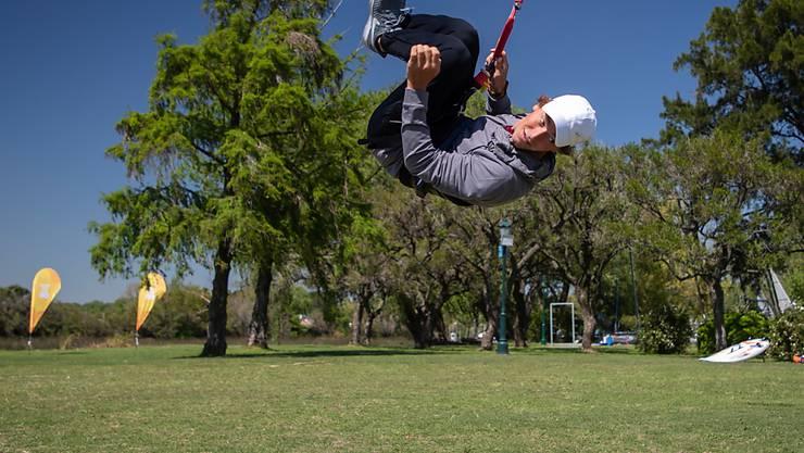 Kitesurfer Maxime Chabloz holt sich an Land den letzten Schliff für die Sommer-Jugendspiele in Buenos Aires