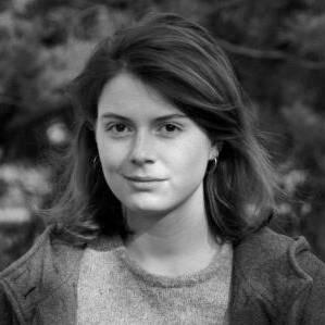 Samantha Zaugg gehört mit 26 nicht mehr ganz zur Generation Z, aber auch noch nicht voll zur Generation Y. Beruflich betätigt sie sich schreibend und filmend.