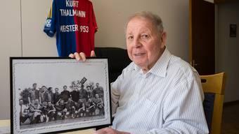 Seine Alterswohnung war voll von Erinnerungsstücken an seinen FC Basel.
