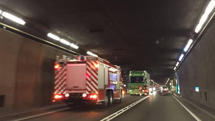 Am Montagabend kommt es zu einem LKW-Brand im Gotthard-Strassentunnel.