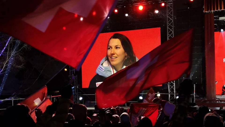 Wendy Holdener Medaillenzeremonie