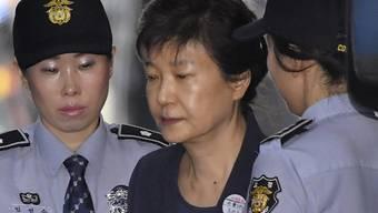 Soll wegen Korruption für 25 Jahre ins Gefängnis: Die frühere südkoreanische Präsidentin Park Geun Hye. (Archivbild)