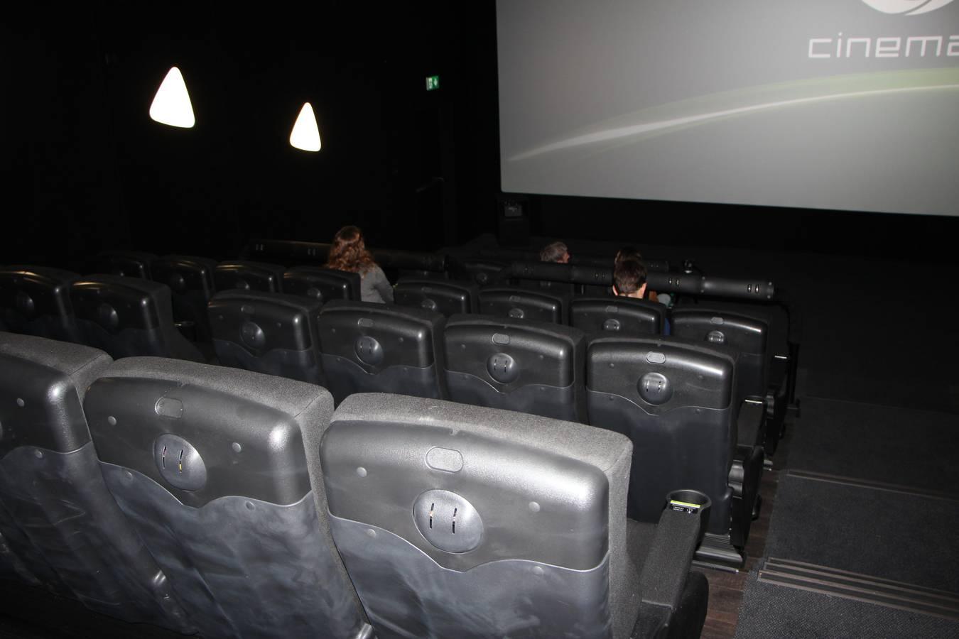 Der Kinosaal hat 72 Plätze. (© FM1Today)